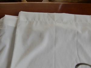 上部が筒になっているカーテン