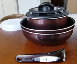 取っ手の取れる鍋