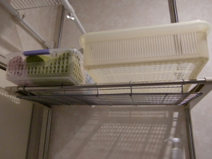 洗面所のタオル置き